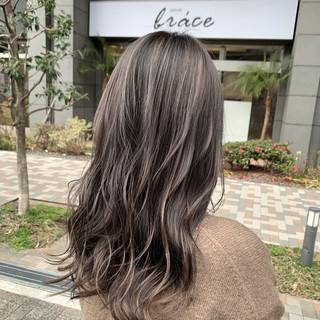 ミディアム ハイライト ヘアカラー ストリート ヘアスタイルや髪型の写真・画像