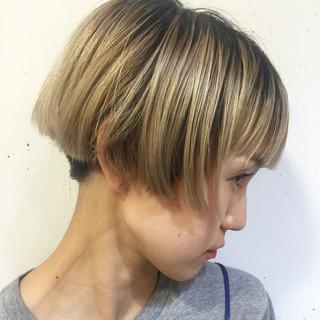 前髪あり ピュア ショート アッシュ ヘアスタイルや髪型の写真・画像 ヘアスタイルや髪型の写真・画像