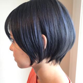 ショート ショートヘア ブリーチ ナチュラル ヘアスタイルや髪型の写真・画像