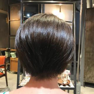 ナチュラル oggiotto ミルクティーベージュ 大人ショート ヘアスタイルや髪型の写真・画像