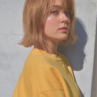 色気 ストリート ショートボブ ミルクティー ヘアスタイルや髪型の写真・画像