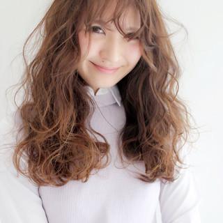 ガーリー ブルージュ ブラウン パーマ ヘアスタイルや髪型の写真・画像