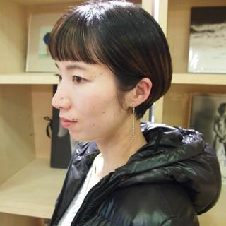 インナーカラー デート ショートボブ ミニボブ ヘアスタイルや髪型の写真・画像