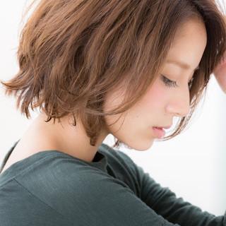 ニュアンス 大人女子 小顔 色気 ヘアスタイルや髪型の写真・画像