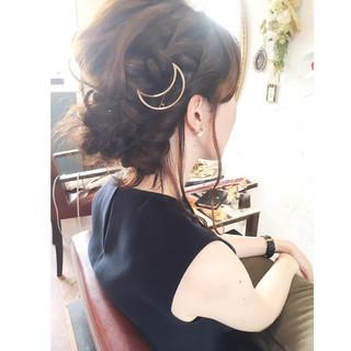 大人かわいい 簡単ヘアアレンジ 二次会 ゆるふわ ヘアスタイルや髪型の写真・画像