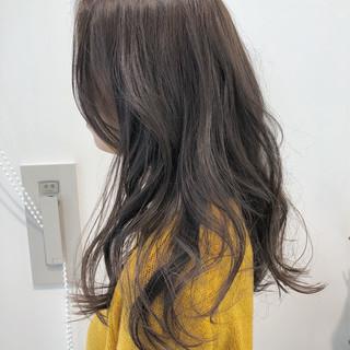外国人風カラー 透明感 ゆるふわ ロング ヘアスタイルや髪型の写真・画像 ヘアスタイルや髪型の写真・画像