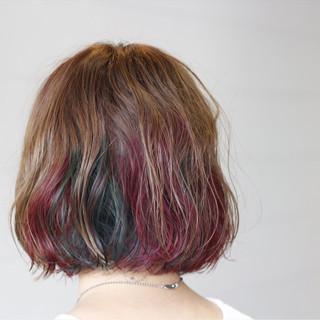 ボブ インナーカラー ピンク ナチュラル ヘアスタイルや髪型の写真・画像