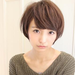 黒髪 ニュアンス 前髪あり こなれ感 ヘアスタイルや髪型の写真・画像