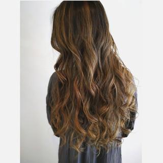 ロング ヘアカラー スモーキーカラー コンサバ ヘアスタイルや髪型の写真・画像