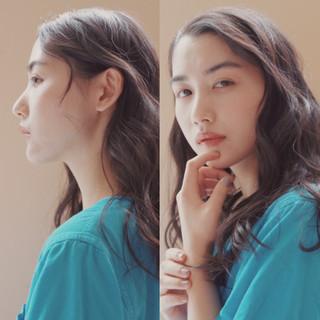 ロング コテ巻き風パーマ デジタルパーマ 大人かわいい ヘアスタイルや髪型の写真・画像