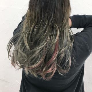 アッシュ グレージュ ピンク セミロング ヘアスタイルや髪型の写真・画像