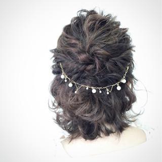 ロープ編み ヘアアレンジ ハーフアップ ミディアム ヘアスタイルや髪型の写真・画像
