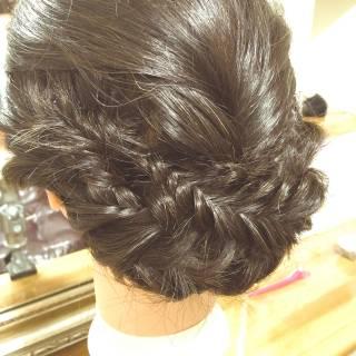 フィッシュボーン ヘアアレンジ ナチュラル ロング ヘアスタイルや髪型の写真・画像 ヘアスタイルや髪型の写真・画像