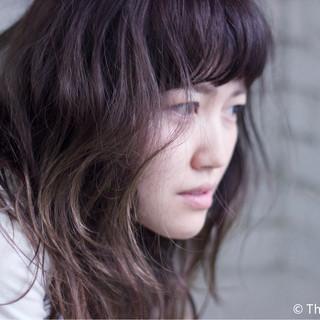 外国人風カラー グレージュ 前髪あり レトロ ヘアスタイルや髪型の写真・画像