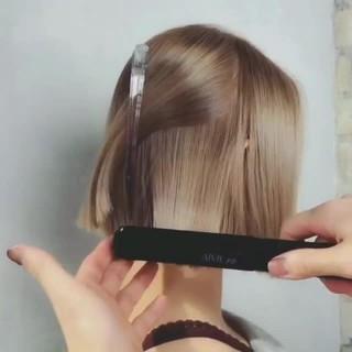 ミルクティーベージュ ナチュラル グレージュ アッシュ ヘアスタイルや髪型の写真・画像