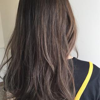 外国人風 ハイライト 大人かわいい ナチュラル ヘアスタイルや髪型の写真・画像