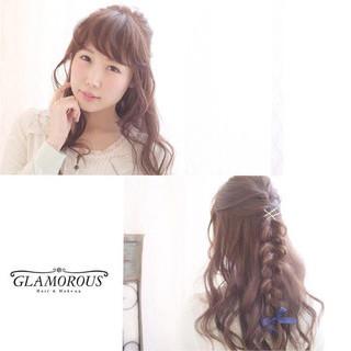 大人かわいい フェミニン ショート ヘアアレンジ ヘアスタイルや髪型の写真・画像