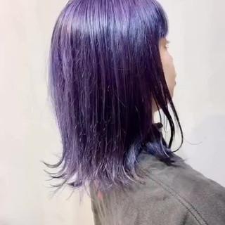 パープルカラー パープルアッシュ インナーカラーパープル アクセサリーカラー ヘアスタイルや髪型の写真・画像