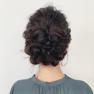 ミディアム ヘアアレンジ フェミニン 簡単ヘアアレンジ ヘアスタイルや髪型の写真・画像