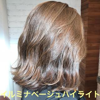 オフィス ミディアム 結婚式 アンニュイほつれヘア ヘアスタイルや髪型の写真・画像