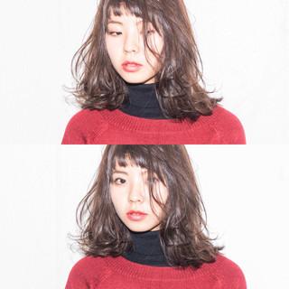 モード アッシュ 大人女子 ミディアム ヘアスタイルや髪型の写真・画像