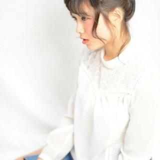 ロング フェミニン 前髪あり ヘアアレンジ ヘアスタイルや髪型の写真・画像