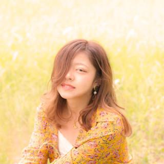 外国人風 色気 斜め前髪 デート ヘアスタイルや髪型の写真・画像