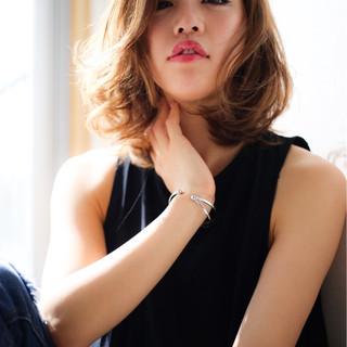 パーマ ミディアム 大人かわいい 外国人風 ヘアスタイルや髪型の写真・画像
