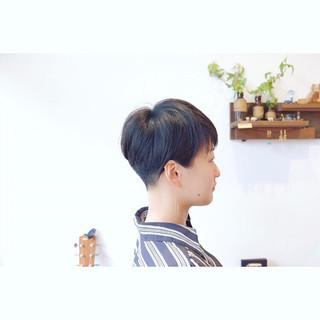 ベリーショート 耳掛けショート ショート モード ヘアスタイルや髪型の写真・画像