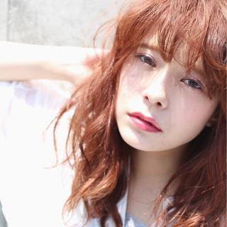 外国人風 セミロング 外ハネ ピュア ヘアスタイルや髪型の写真・画像