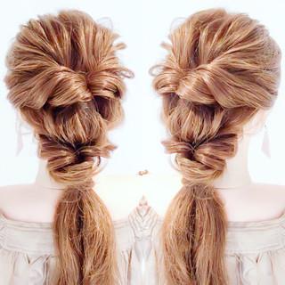 簡単ヘアアレンジ セルフアレンジ フェミニン ヘアアレンジ ヘアスタイルや髪型の写真・画像