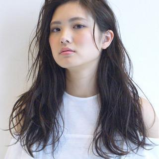 かき上げ前髪 ナチュラル 大人かわいい 前髪あり ヘアスタイルや髪型の写真・画像
