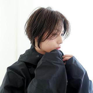 小顔ショート ショート ナチュラル ハイライト ヘアスタイルや髪型の写真・画像