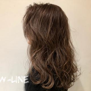 3Dハイライト ナチュラル 髪質改善トリートメント 外国人風 ヘアスタイルや髪型の写真・画像