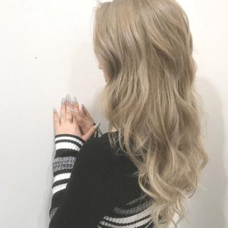 ブリーチ 外国人風カラー 透明感 エレガント ヘアスタイルや髪型の写真・画像