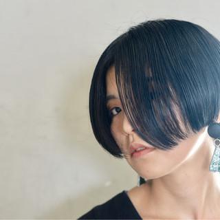 黒髪 切りっぱなし ショート ボブ ヘアスタイルや髪型の写真・画像