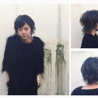 モード ショート ハイライト アッシュ ヘアスタイルや髪型の写真・画像