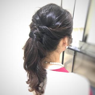 お呼ばれヘア 結婚式 ナチュラル ポニーテール ヘアスタイルや髪型の写真・画像