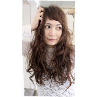 アンニュイ くせ毛風 外国人風 抜け感 ヘアスタイルや髪型の写真・画像