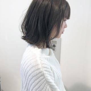 ボブ アンニュイほつれヘア 透明感カラー ナチュラル ヘアスタイルや髪型の写真・画像