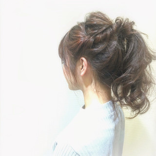 ゆるふわ セミロング ポニーテール ヘアアレンジ ヘアスタイルや髪型の写真・画像