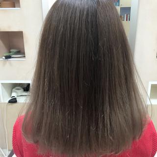 ロブ アッシュ ブラウンベージュ グレージュ ヘアスタイルや髪型の写真・画像