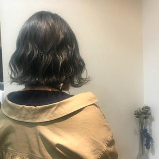 モード ボブ ブリーチ 波ウェーブ ヘアスタイルや髪型の写真・画像