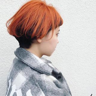 ショートボブ ダブルカラー ストリート ショート ヘアスタイルや髪型の写真・画像