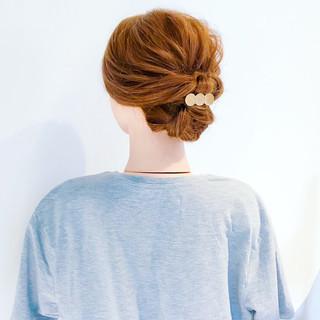 オフィス ヘアアレンジ フェミニン 簡単ヘアアレンジ ヘアスタイルや髪型の写真・画像