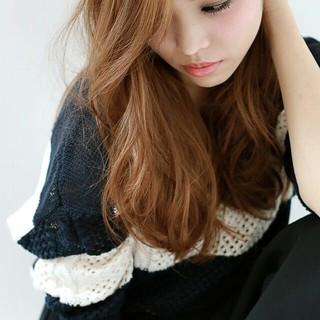 アッシュ パーマ 大人女子 コンサバ ヘアスタイルや髪型の写真・画像 ヘアスタイルや髪型の写真・画像
