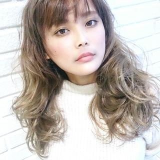 パーマ アンニュイ 外国人風 ロング ヘアスタイルや髪型の写真・画像