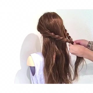 リラックス フェミニン 簡単ヘアアレンジ 夏 ヘアスタイルや髪型の写真・画像