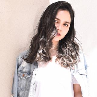 外国人風カラー バレイヤージュ ダブルカラー ガーリー ヘアスタイルや髪型の写真・画像