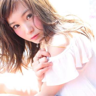 フェミニン ふわふわ 大人かわいい おフェロ ヘアスタイルや髪型の写真・画像
